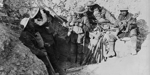 Canadians in captured trenches on Hill 70. August, 1917. Photo: Dept. of National Defence / LAC, MIKAN no. 3395589.